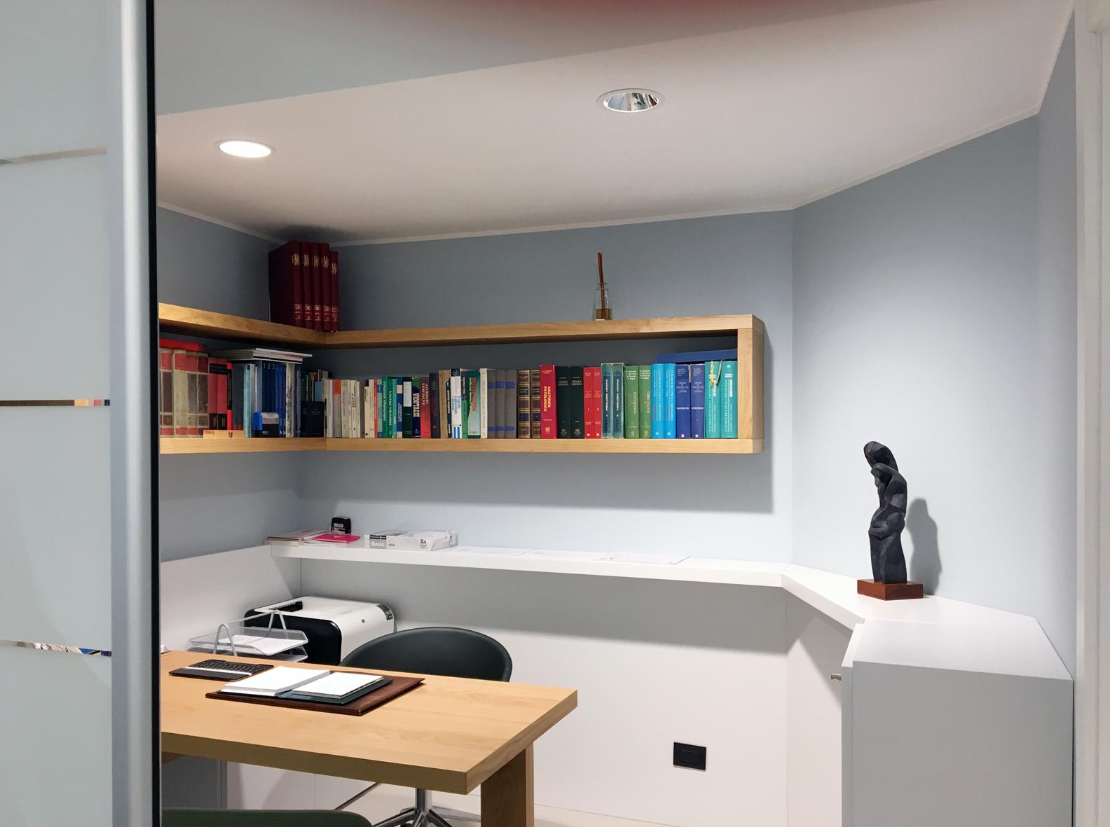 Progetti luciano martelli - Mobili studio medico ...